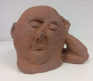Hana Purkrábkové prodej sochy - pálená šamotová kamenina - Pospává 2018 13-16-10cm